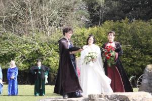 brides making wedding vows